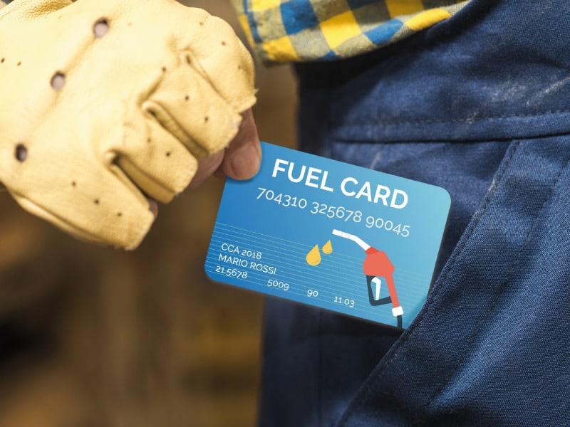 Usa la carta carburante al distributore benzina self service!